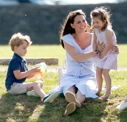 Принц Джордж, Кейт Миддлтон и принцесса Шарлотта