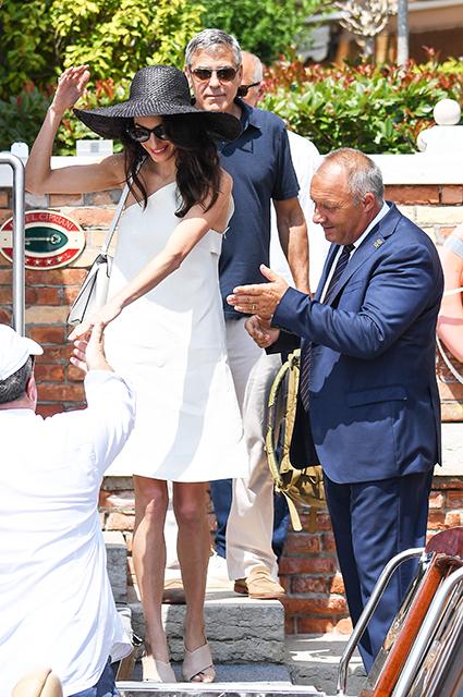 Амаль и Джордж Клуни на свидании в Венеции: фото