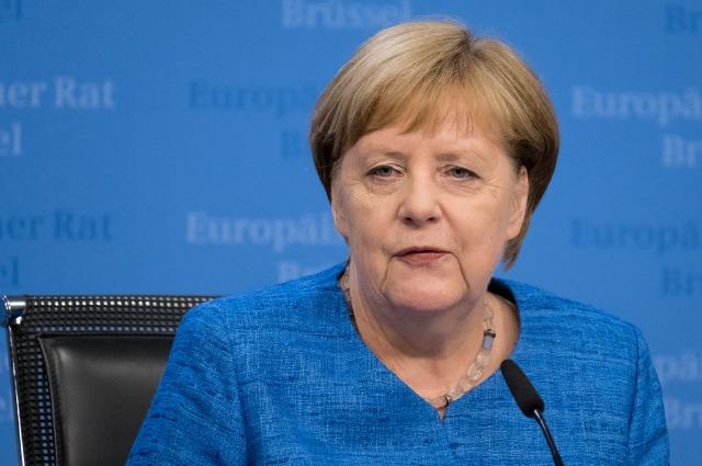 Ангела Меркель прилетела на саммит G20, несмотря на проблемы со здоровьем