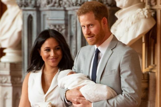 Попытка номер три: Меган Маркл и принц Гарри снова ищут няню для сына