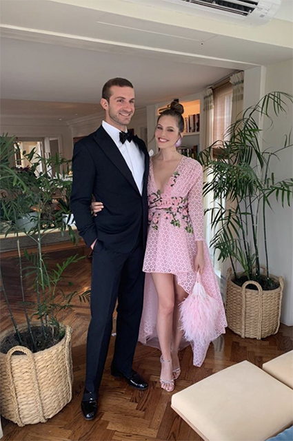 Даша Жукова посетила Met Gala 2019 вместе с бойфрендом Ставросом Ниархосом