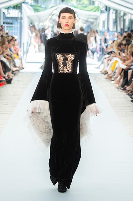 Модный дайджест: от новой модной идеи Ксении Собчак до Веры Брежневой в рекламе ювелирного бренда