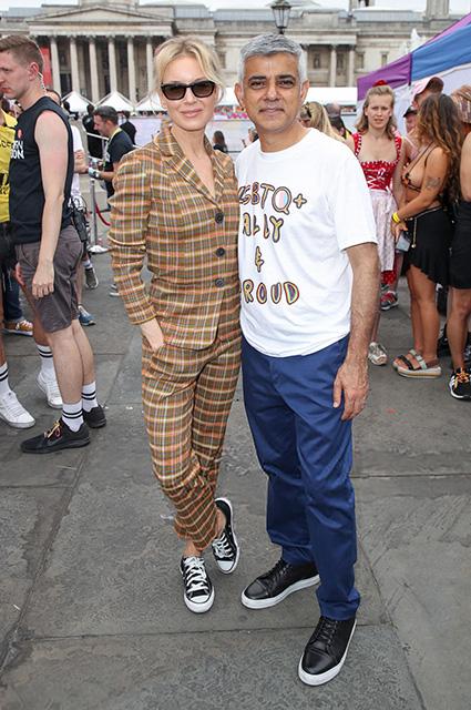 Рене Зеллвегер приняла участие в параде в поддержку ЛГБТ-сообщества в Лондоне