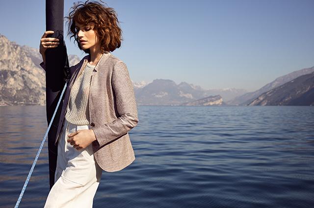 Пляжные коллаборации, рубашки для офиса и серфинга, актуальный лен: смотрим новые лукбуки