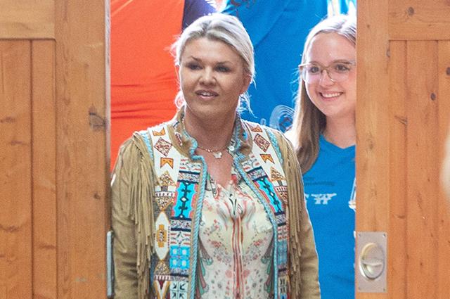 Жена и дочь Михаэля Шумахера посетили конный турнир в Швейцарии
