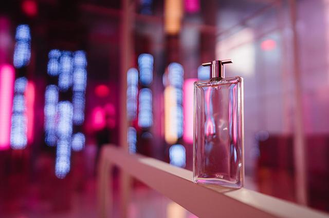 Wanted: новый цветочный аромат Idole от Lancôme