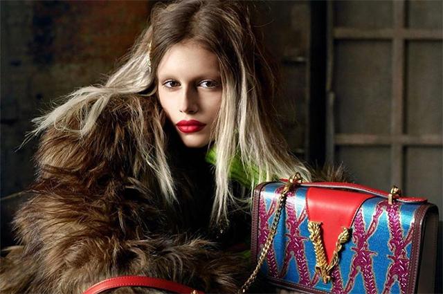 Модный дайджест: от безбровой Кайи Гербер до кроссовок за полмиллиона (почти) долларов