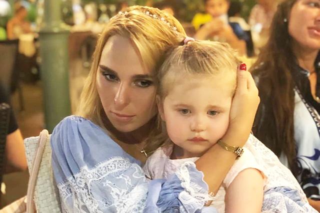 Пелагея опубликовала новое видео с участием дочки Таисии