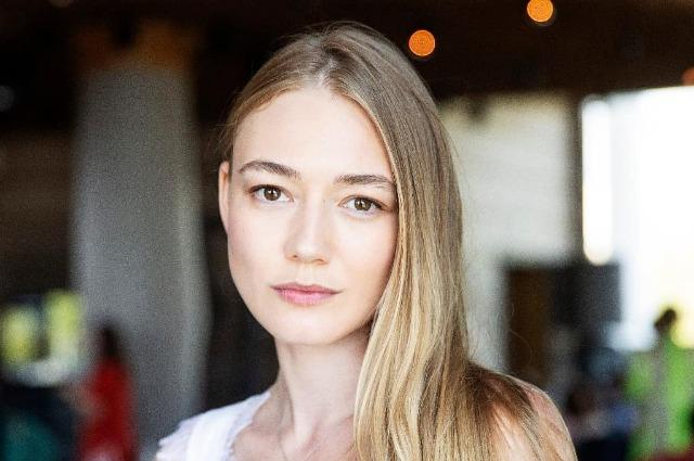 Редкий кадр: Оксана Акиньшина опубликовала фото подросших детей