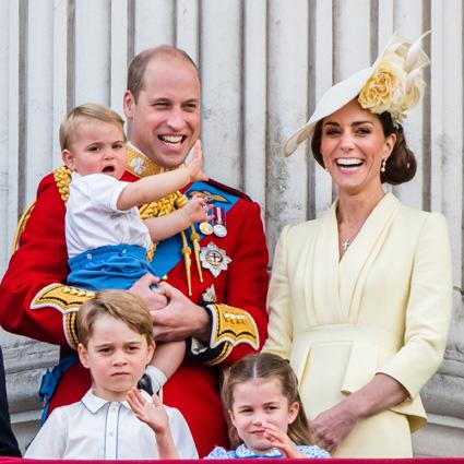 Принц Уильям и Кейт Миддлтон с принцами Луи и Джорджем и принцессой Шарлоттой