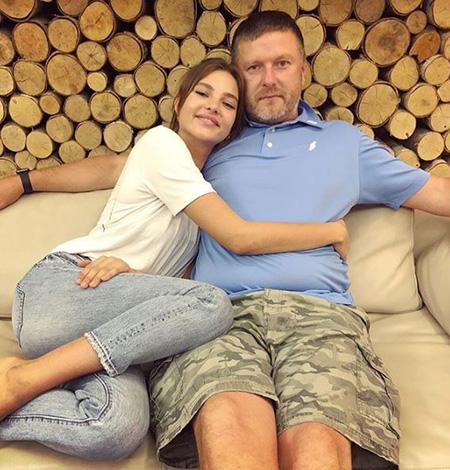 Леся Кафельникова с отцом Евгением