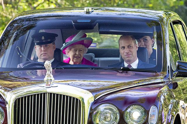 Принц Уильям, королева Елизавета II и Кейт Миддлтон