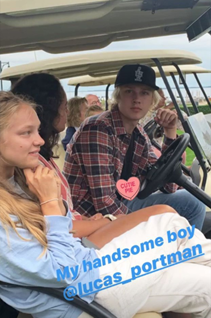 Наталья Водянова вместе с семьей прилетела в гости к младшей сестре в Нью-Йорк