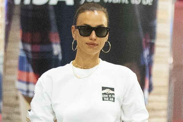 Ирина Шейк вернулась в Нью-Йорк после европейских каникул