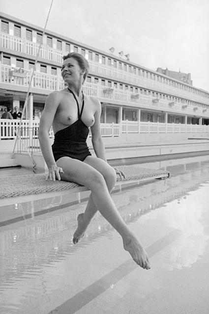 Как скандальное монокини Руди Гернрайха повлияло на сексуальную революцию и пляжные привычки