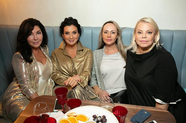 Екатерина Андреева, Ирина Хакамада, Екатерина Стриженова и другие на вечеринке в Москве