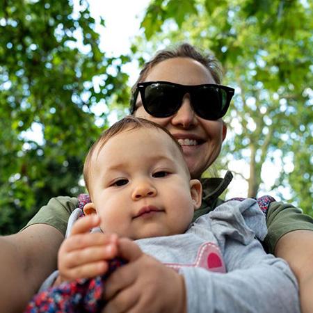 Кейт Хадсон с дочерью Рани