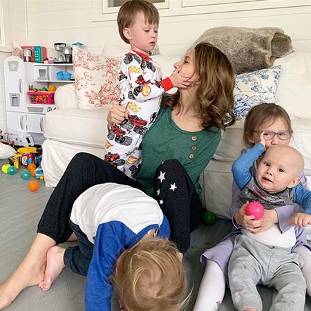 Хилария Болдуин написала эссе о своей пятой беременности: