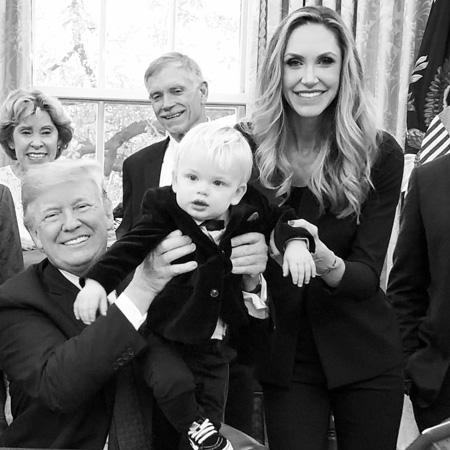 Дональд Трамп с внуком Люком и Ларой Трамп