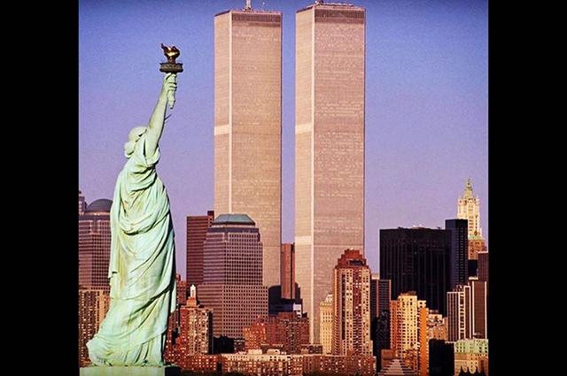 Мелания Трамп, Миранда Керр, Диана Крюгер, Риз Уизерспун и другие вспомнили теракты 11 сентября 2001 года