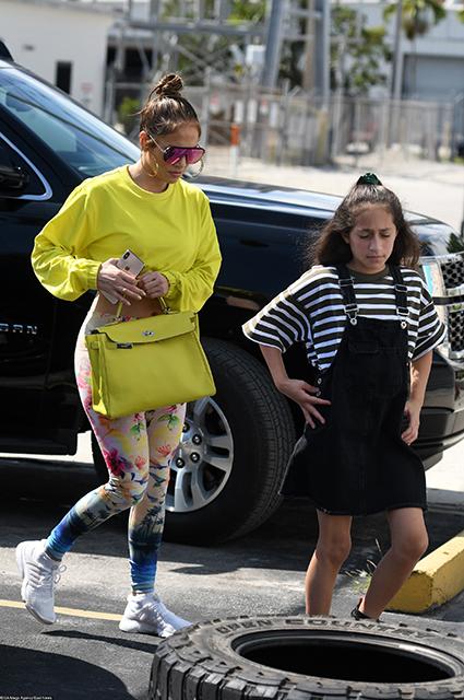 Дженнифер Лопес с дочерью Эммой