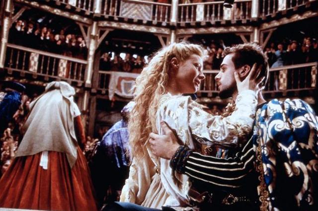 """Кадр из фильма """"Влюбленный Шекспир"""""""