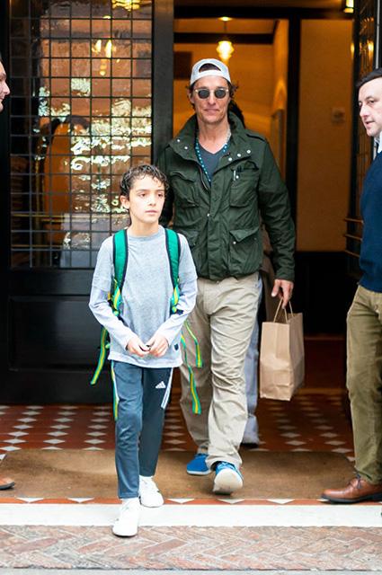 Мэттью Макконахи с сыном Леви