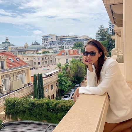 Хана Кросс в Монте-Карло