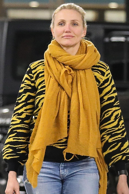 Красота и спокойствие: Кэмерон Диас попала в объектив папарацци в Беверли-Хиллз