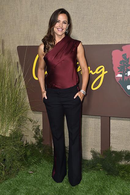 Дженнифер Гарнер названа самой красивой женщиной по версии журнала People