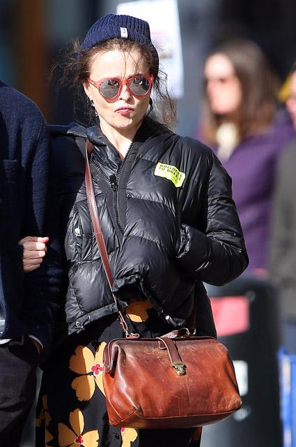 Хелена Бонем Картер c бойфрендом Рэем Дагом Хольмбоэ на прогулке в Лондоне