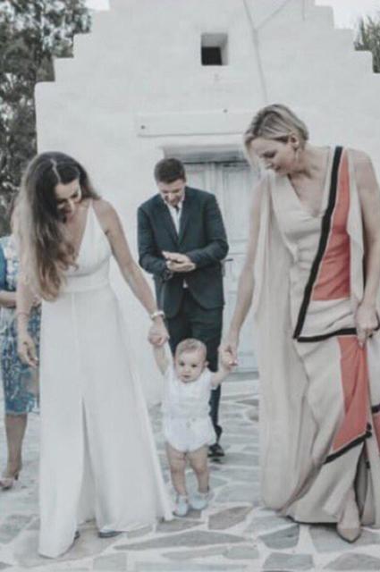 Княгиня Монако Шарлен стала крестной мамой сына своих друзей в Греции