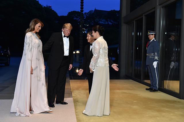 Мелания и Дональд Трамп посетили гала-прием во дворце японского императора Нарухито