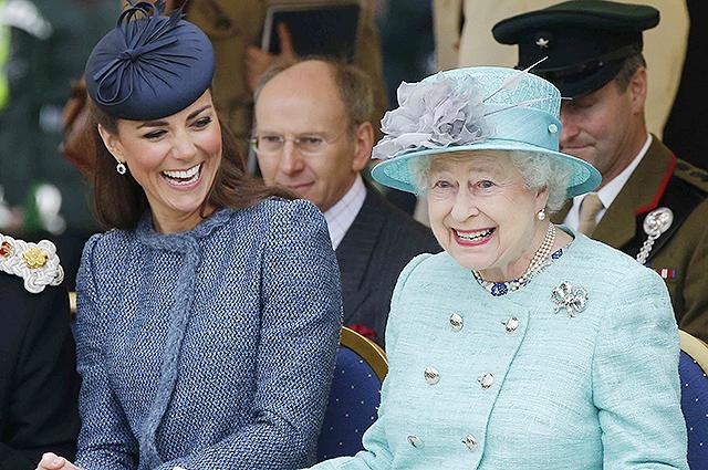 Кейт Миддлтон получила подарок от королевы Елизаветы II на восьмую годовщину свадьбы с принцем Уильямом
