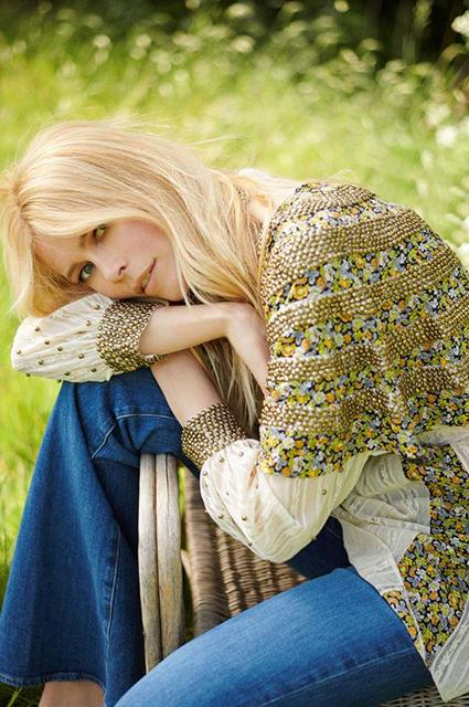 Клаудия Шиффер рассказала в интервью о детях и снялась в фотосессии для глянца