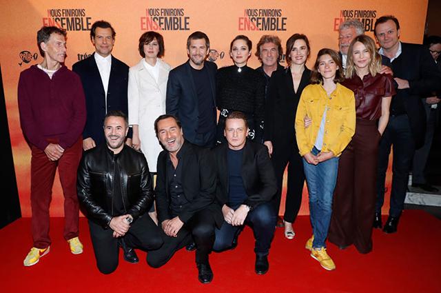 Гийом Кане и Марион Котийяр на премьере фильма «Мы кончим вместе» в Париже