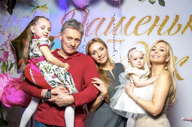 Татьяна Навка, Дима Билан, Яна Рудковская и другие празднуют Вербное воскресенье
