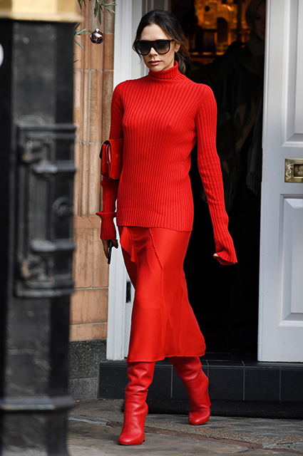 Нечего надеть: Виктория Бекхэм вышла в свет в наряде, в котором мы уже ее видели