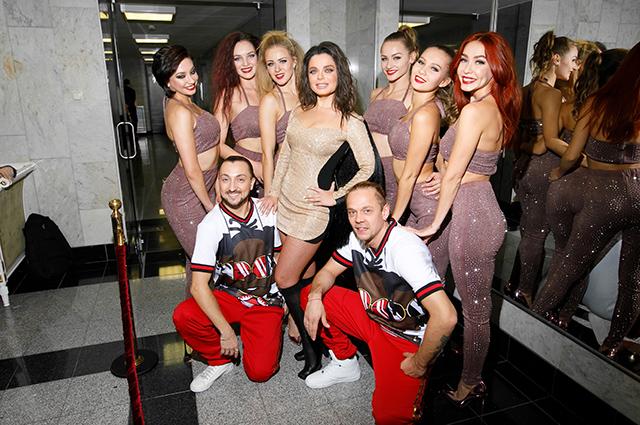 Ксения Собчак, Алсу, Полина Гагарина и другие звезды на дне рождения