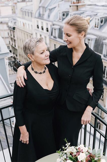 Елена Летучая с мамой