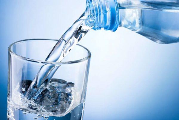 Лечение обильным щелочным питьем