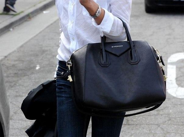 Итальянские сумки в бутике Accetto