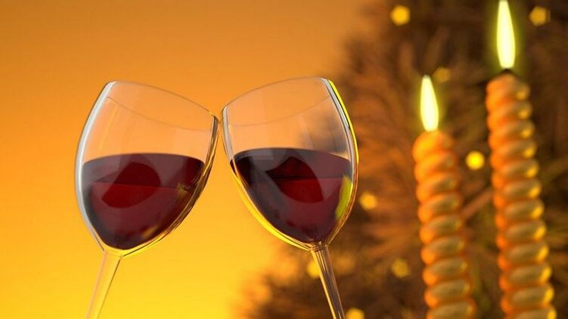 Новогоднее застолье: топ-5 хитростей для тех, кто хочет не опьянеть раньше времени