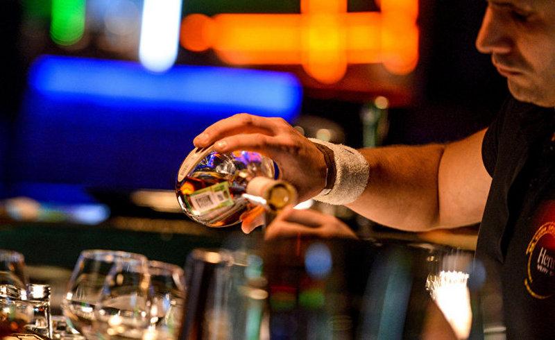 Медики раскрыли, как влияет алкоголь на организм в разном возрасте