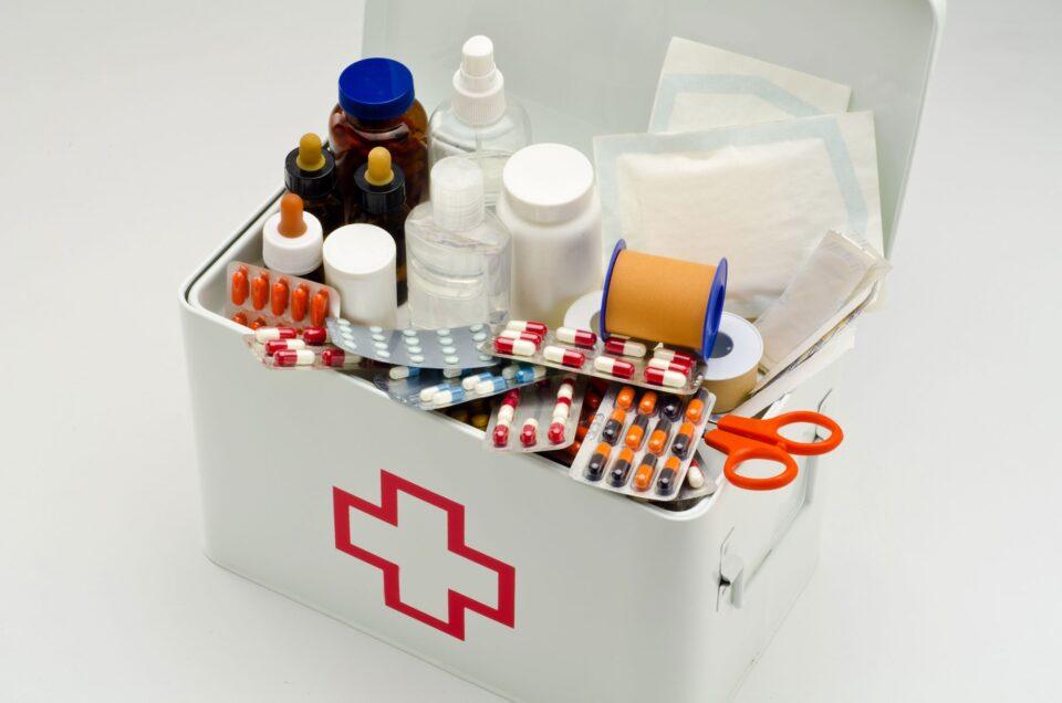 Составляем домашнюю аптечку: 15 препаратов, которые должны быть в доме каждого