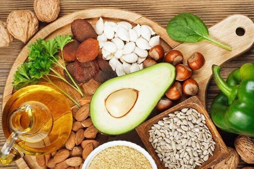 Названы опасные симптомы дефицита витамина B12
