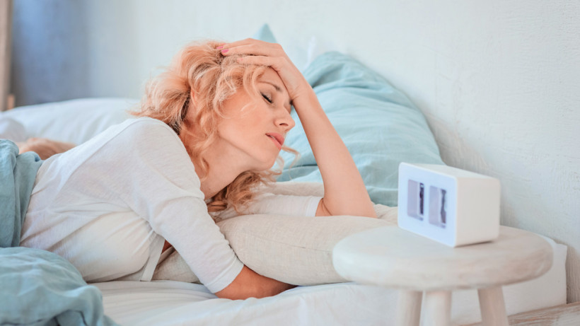 Хроническая бессонница: названы причины и способы борьбы