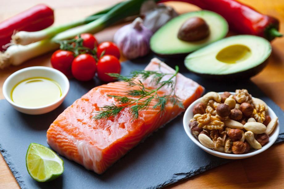 Названа оптимальная диета для поддержания здоровья мозга