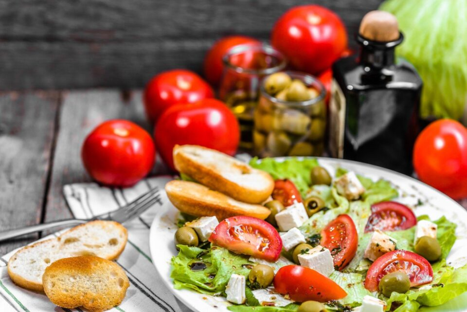 Эксперты создали рейтинг лучших диет 2020 года