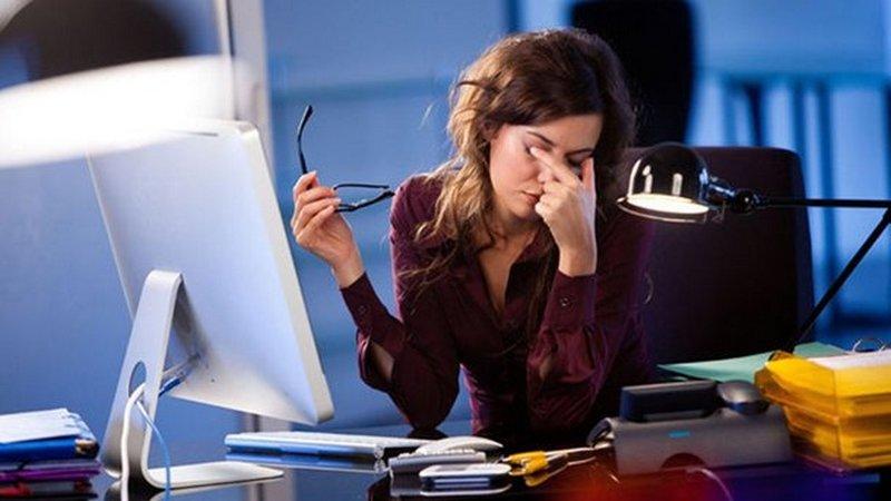 Работа за компьютером: названы лучшие способы снять усталость глаз